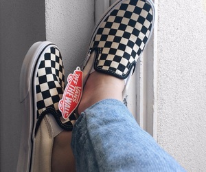 vans slipon image