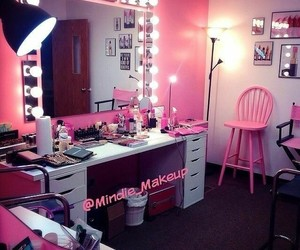 pink, dressing table, and fashion image