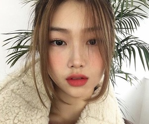 girl, ulzzang, and pale image