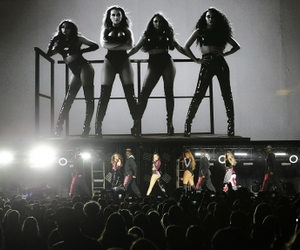 perrie edwards, leigh anne pinnock, and glory days tour image