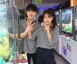love, couple, and korean image