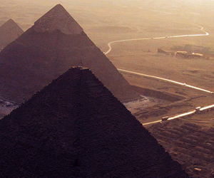 egypt budget tours, cheap cairo holidays, and cheap cairo tours image