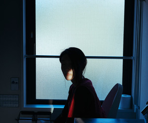 girl and sunlight image