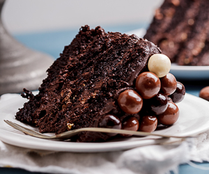 cake and chocolate image