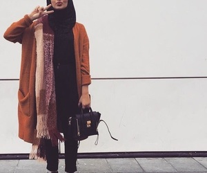 hijab, muslim, and fashion image