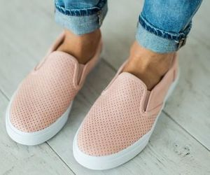 flats and shoes image