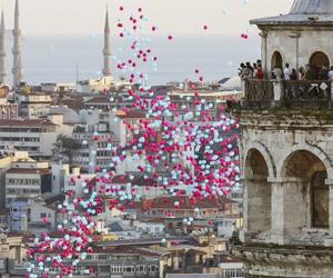 balloons, balon, and galata kulesi image