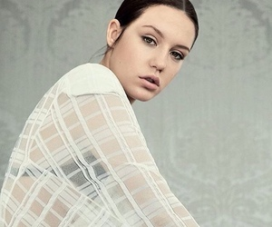 la vie d' adele and adele exarchopoulos image