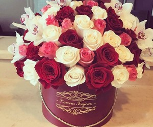 boutique, flowers, and pink image