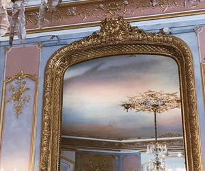 art and mirror image