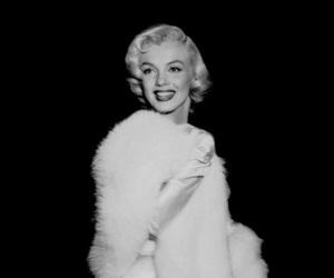 Marilyn Monroe and old school image