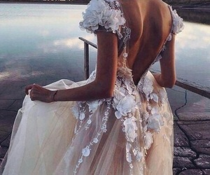beautiful, water, and wedding image