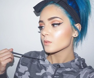 blue, eyebrows, and girls image