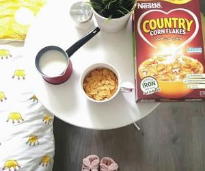 corn flakes, صباح, and فطور image