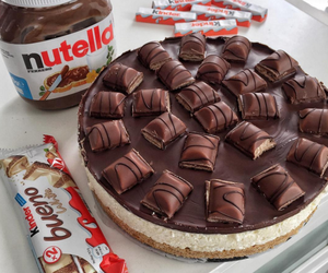 cake, chocolate, and kinder bueno image