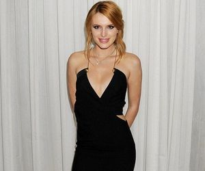 hot legs, sexy feet, and bella thorne image