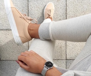 fashion, look, and shoes image