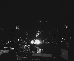 shawn mendes, guitar, and illuminate world tour image