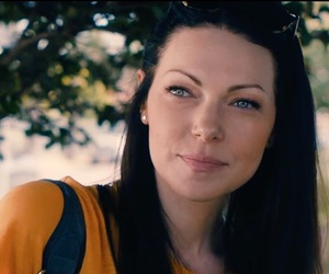 laura prepon and the hero image