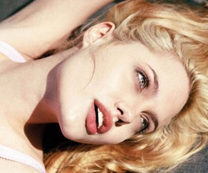 angeline jolie, blonde hair, and highlight image