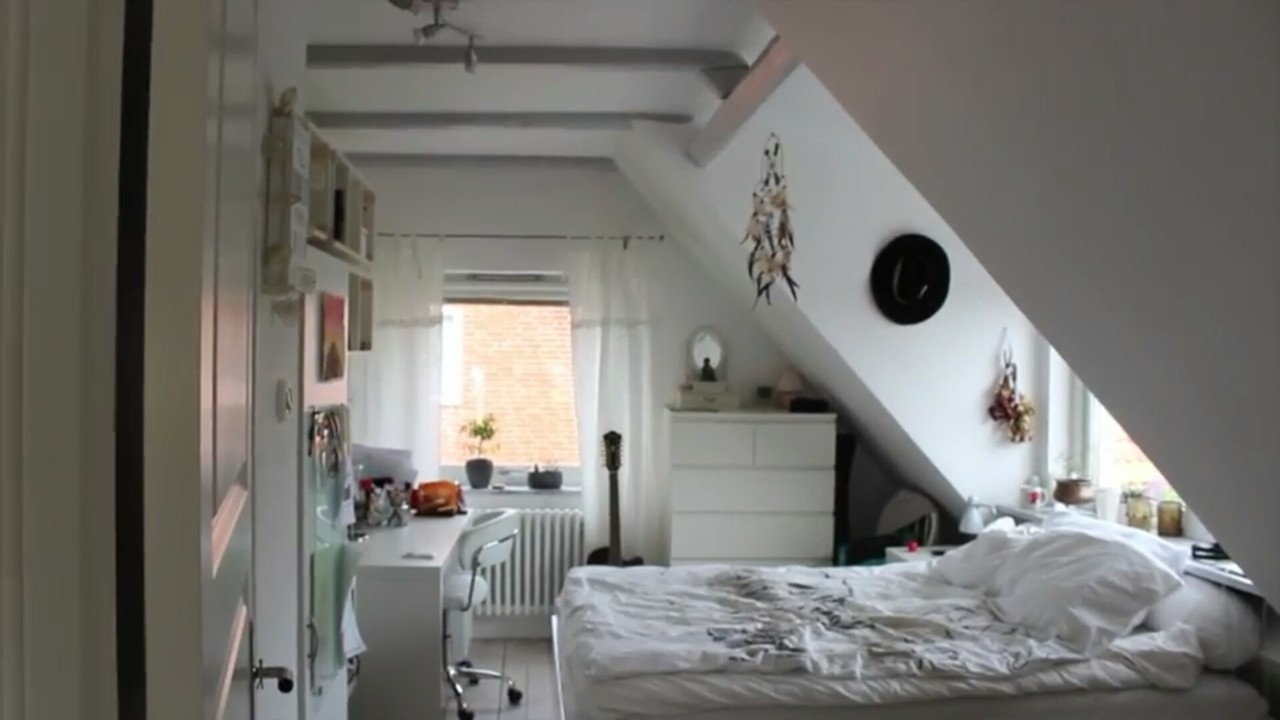 bedroom, grunge, and teenager image