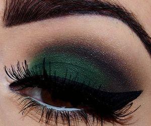 eyeshadow, green, and eyemakeup image