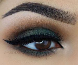 eyeshadow and eyemakeup image