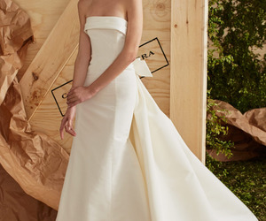 Carolina Herrera, wedding, and wedding dress image