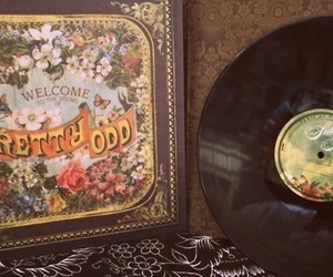 panic! at the disco, pretty odd, and P!ATD image