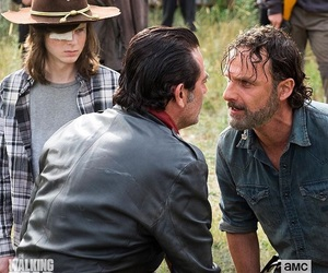 article and the walking dead image