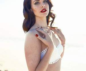 beach, beauty, and lipstick image