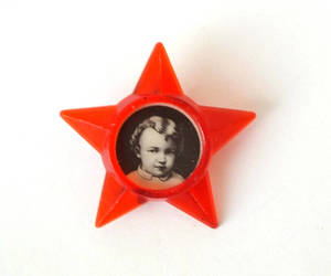 etsy, pin badge, and plastic star image