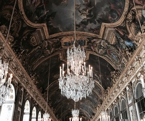 hall of mirrors and palace of versailles image