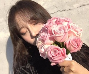 ulzzang, flowers, and korean image