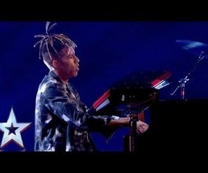 piano, video, and winner image