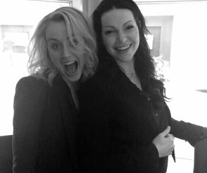 oitnb, laura prepon, and orange is the new black image