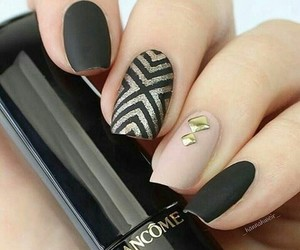 french, lacquer, and manicure image