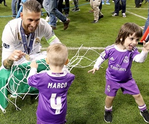 12, cardiff, and real madrid image