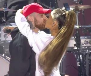 celeb, kiss, and one love image