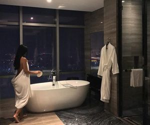 girl, luxury, and bathroom image