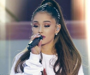 ariana, ariana grande, and one love manchester image