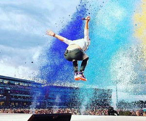 Chris Martin, colourful, and manchester image