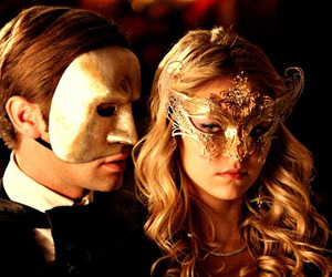 gossip girl, mask, and Taylor Momsen image