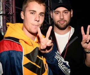 justin bieber, scooter braun, and one love manchester image