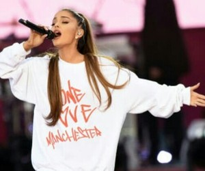ariana grande and manchester image