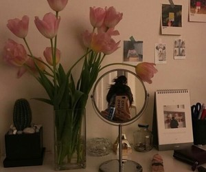flowers, aesthetic, and mirror image