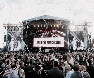 ariana grande, one love manchester, and concert image