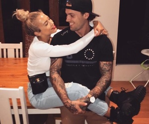 tammy hembrow, couple, and reece hawkins image