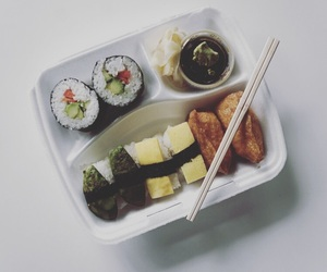 food, sushi, and yummi image