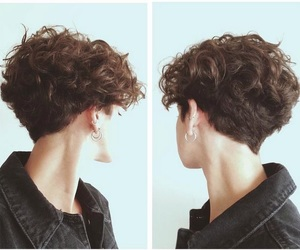 androgynous, curly hair, and pretty image